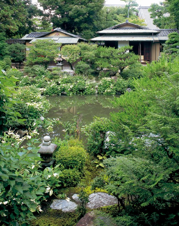 Garden at Ryosokuin Temple